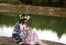 Breastfeeding in Public - Helpful Tips for Nursing Moms