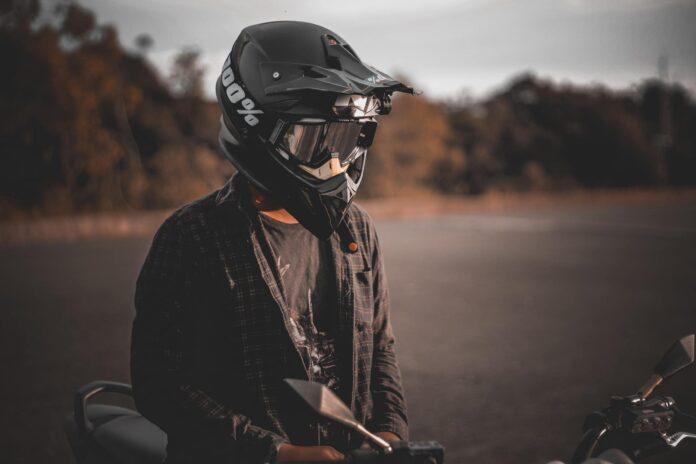 buy motorcycle helmet