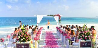 16 Things You Didn't Know Your Wedding Planner Can Do