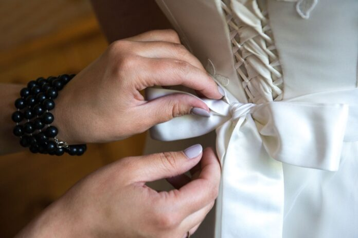 wedding-dress-alterations